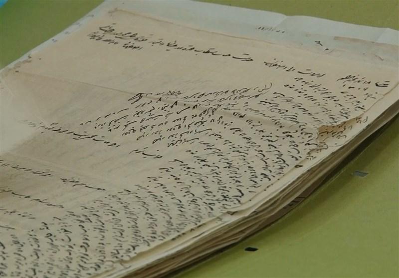 اسناد خاندان سامنی به آرشیو مجلس رسید/تقدیر لاریجانی از اهداکننده